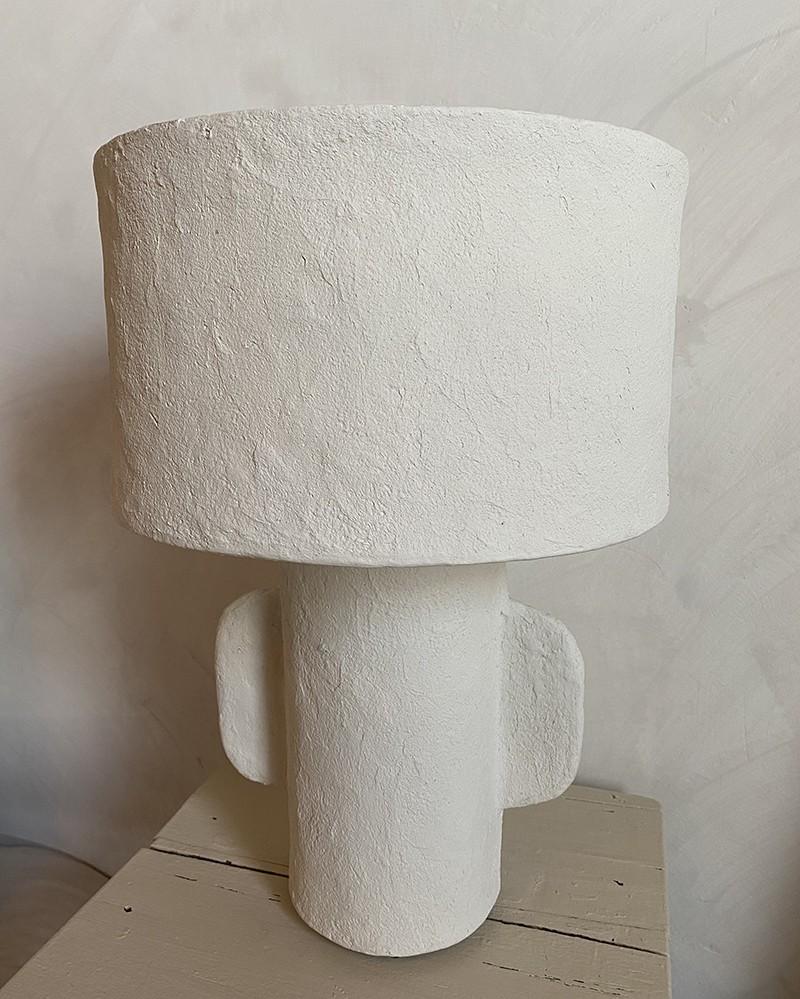 Lampe à poser Earth en papier mâché/résiné