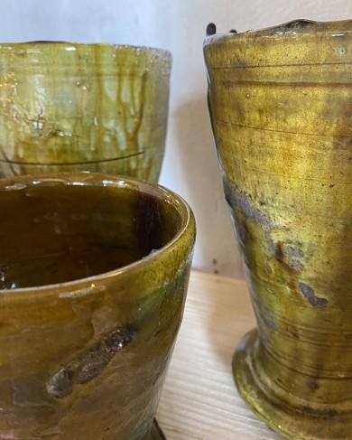 Cup Ali en terre cuite vernis