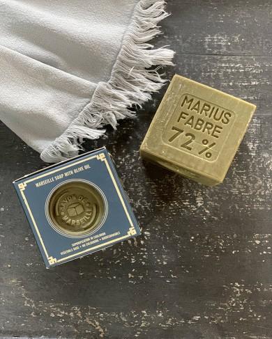 Cube de savon de Marseille à l'huile d'olive