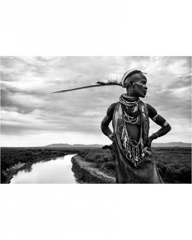 Reproduction sur toile - KARO Femme sur la rive de la rivière Omo